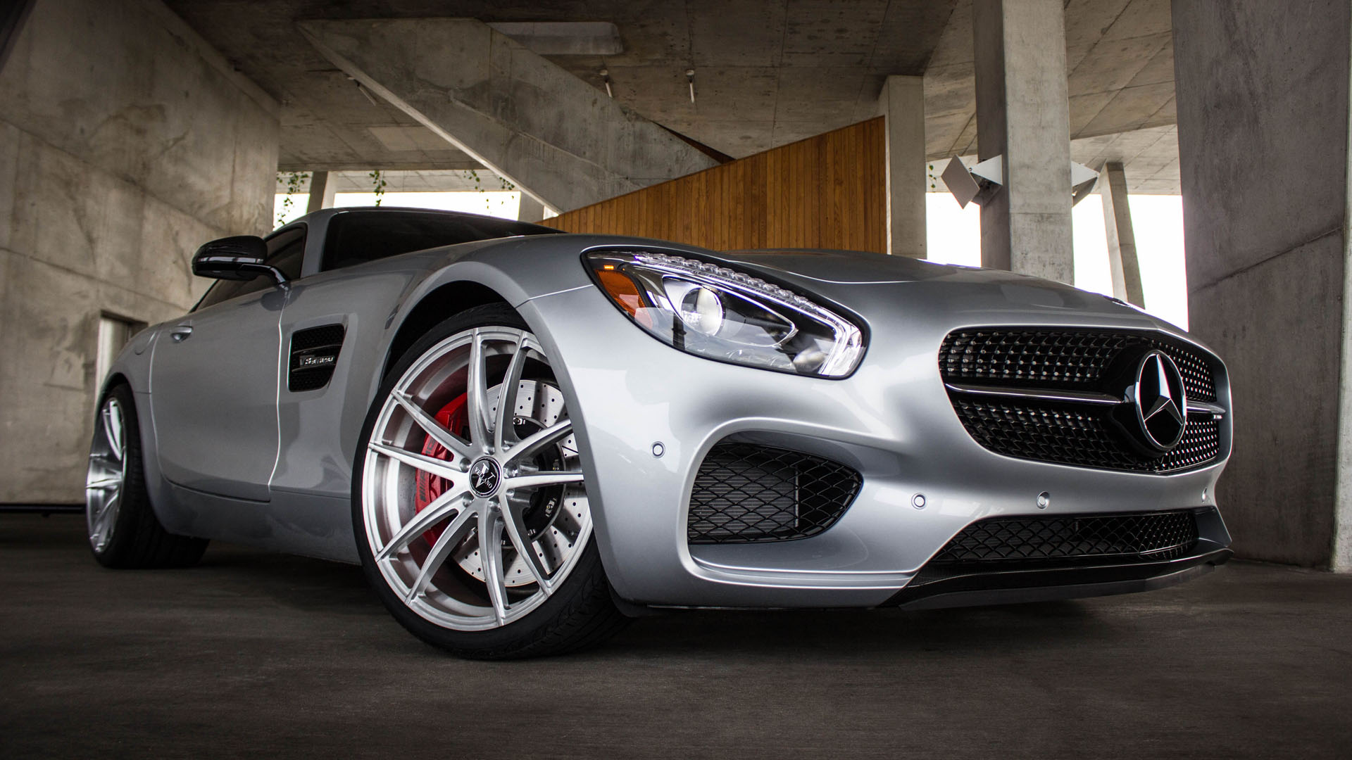 Mercedez Benz AMG GTS With Vellano Forged Wheels